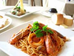 大洗とフランスの融合 レストラン・カフェ ヌーヴォー