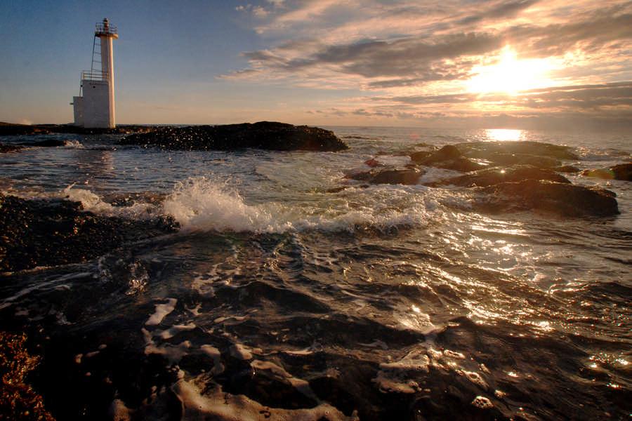 磯浜灯柱の夜明け1