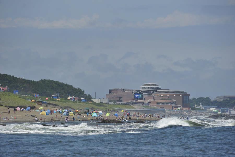 海から見るアクアワールド大洗