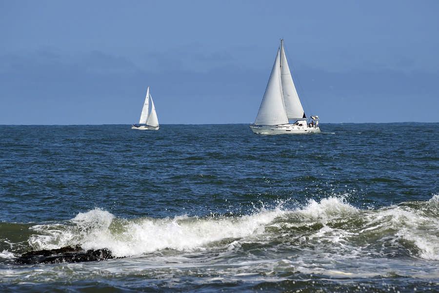 大洗海岸的帆船
