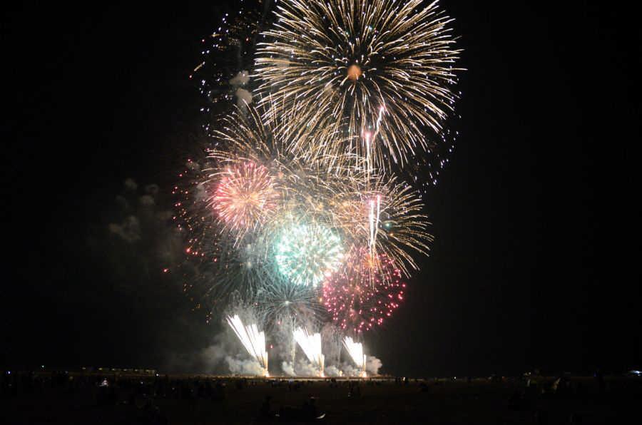 오오아라이썬비치에서 즐기는 불꽃축제