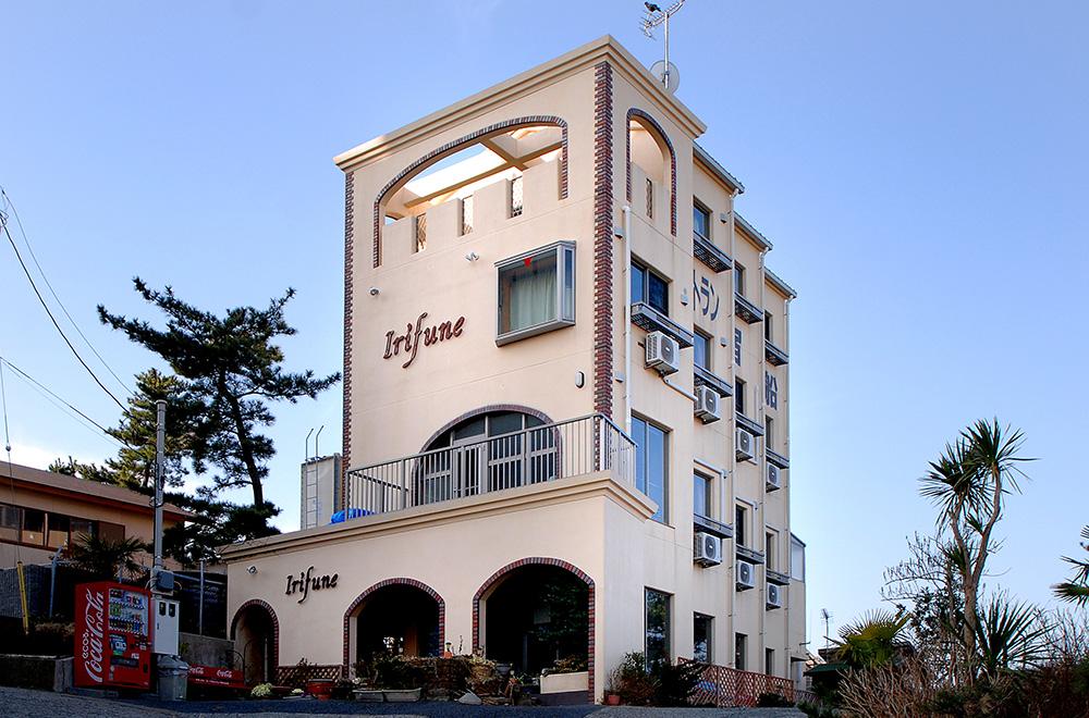 Ryokan Irifune (Japanese-style Hotel)